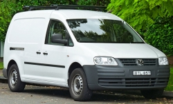 volkswagen-caddy-c-2004